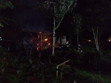 Incêndio em residência é registrado em Herval d' Oeste