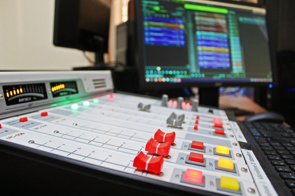 Paróquia Senhor Bom Jesus inaugura Rádio Web e Casa de Pastorais neste domingo (02)