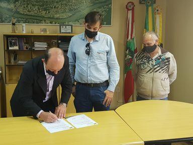 Assinatura da Ordem de Serviço.