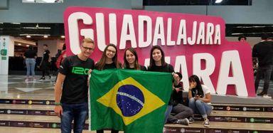 Intercambistas da Unoesc participam do evento Talent Land no México