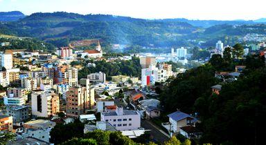 Videira é a 2ª melhor cidade para envelhecer em SC
