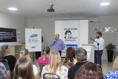 Premiados os vencedores do II Concurso de Poesia Miguel Russowsky