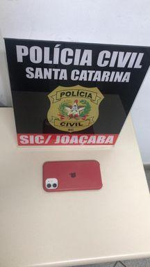 Polícia Civil de Joaçaba recupera celular avaliado em R$ 4 mil reais e que foi perdido pelo dono