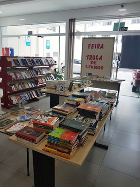 "Biblioteca Pública de Joaçaba promove ""II Feira de troca de livros"""