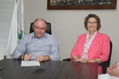 Prefeito de Joaçaba com a Presidente da RFCC