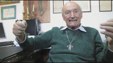 Famoso por estudos em parapsicologia, Padre Quevedo morre aos 89 anos