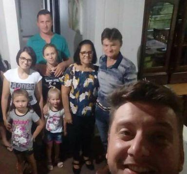 Foto de família foi tirada no dia 7 de janeiro, no aniversário de Fernanda – Foto: Fernanda Figueiredo/Divulgação/ND