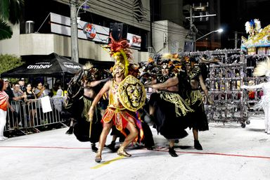 Com enredo sobre Coragem Acadêmicos do Grande Vale tenta o Bicampeonato do Carnaval de Joaçaba