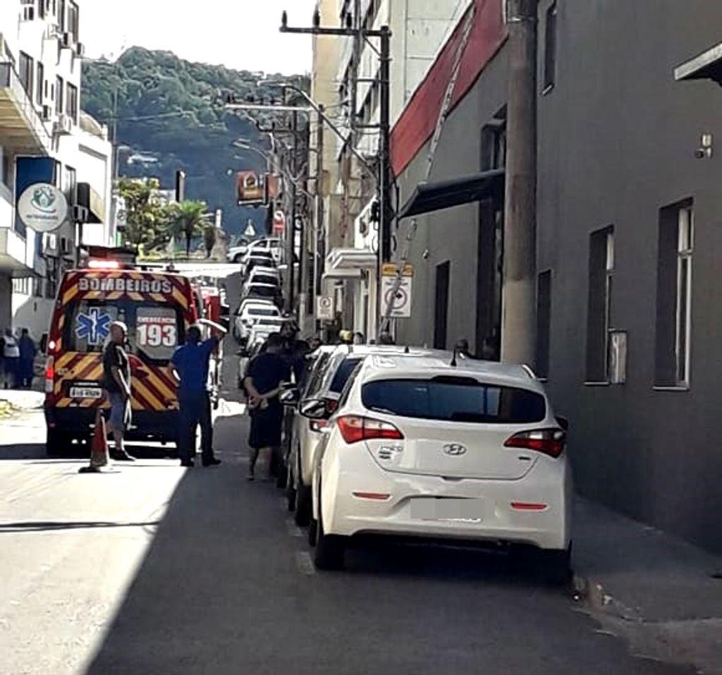 Trabalhador sofre descarga elétrica em Herval d´Oeste