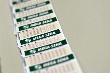 Mega-Sena: as apostas podem ser feitas até as 19h (horário de Brasília)- Marcello Casal Jr./Agência Brasil