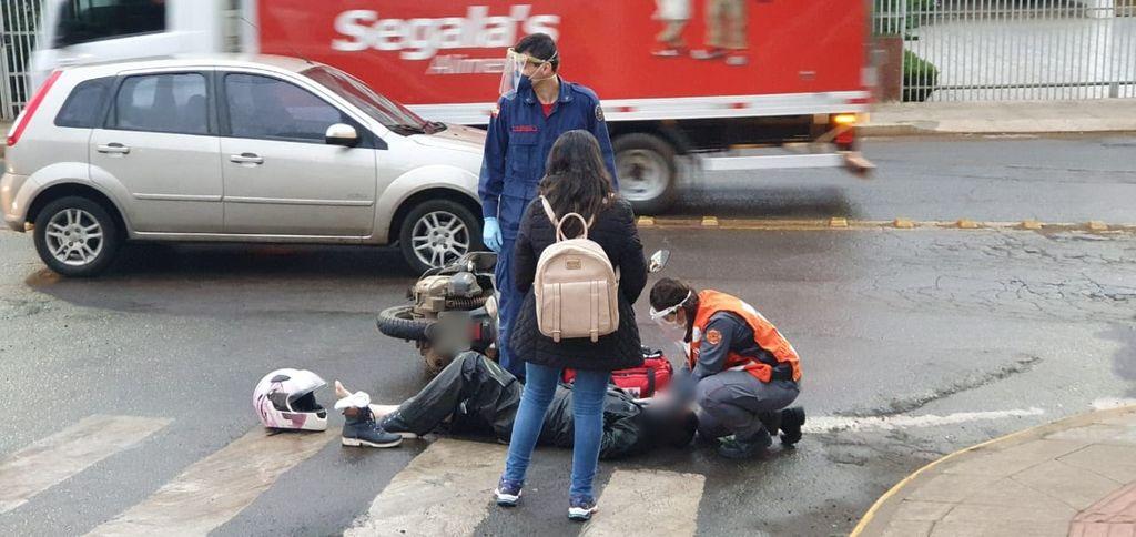 Dois acidentes envolvendo motocicletas são registrados no início desta manhã (12)