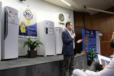 Programa pretende beneficiar 29 mil famílias – Foto: Celesc/Divulgação