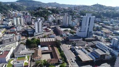 Prefeito Rogério Pacheco toma atitude mais severa para tentar conter o avanço da doença – Foto: Secom Prefeitura de Concórdia