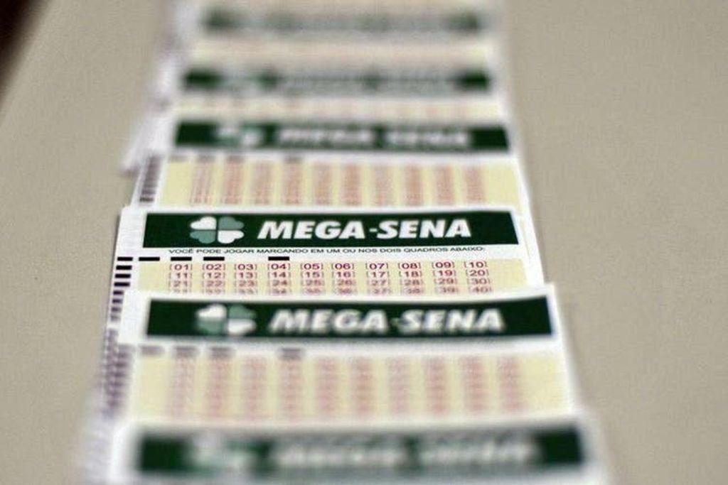 Aposta simples, de seis números, foi realizada em canal eletrõnico(Foto: Marcello Casal Júnior/Agência Brasil)