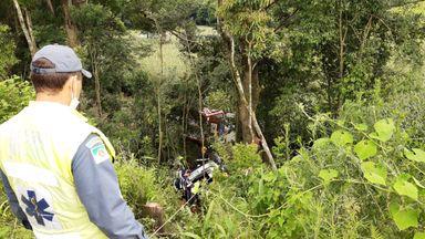 Quatro pessoas morrem em acidente na BR 282