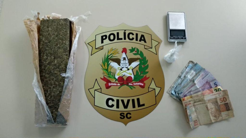 Três pessoas são presas por envolvimento com o tráfico de drogas em Joaçaba