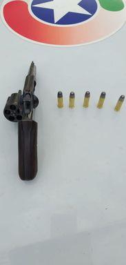 Polícia Militar de Campos Novos prende homem armado