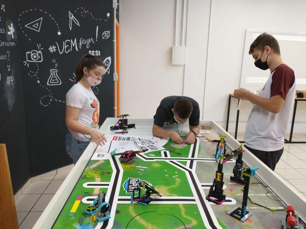 SESI SENAI participa do Torneio Online de Robótica FLL 2021