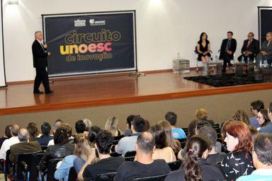 Desenvolvimento regional e inovação são temas de seminário na Unoesc