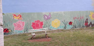 Voluntários revitalizam o Muro do Hospital São Roque de Luzerna