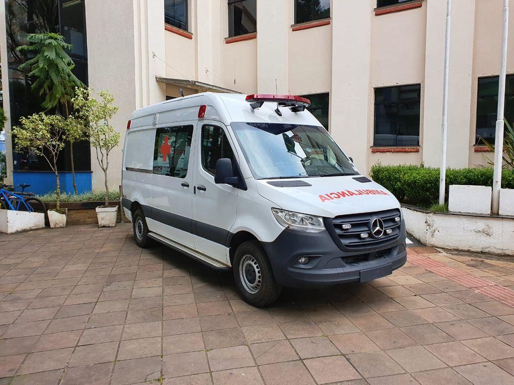 Município de Joaçaba adquire ambulância com UTI móvel com recursos próprios