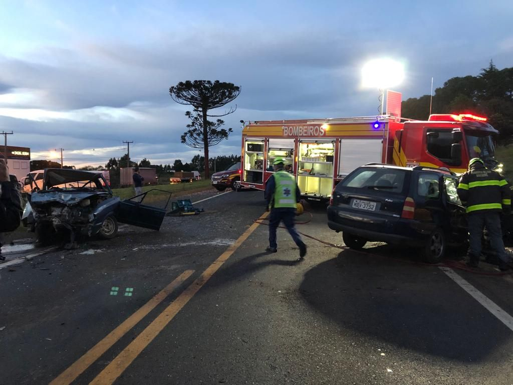 Acidente envolvendo veículo de Herval d´Oeste deixa um morto e feridos na BR-282
