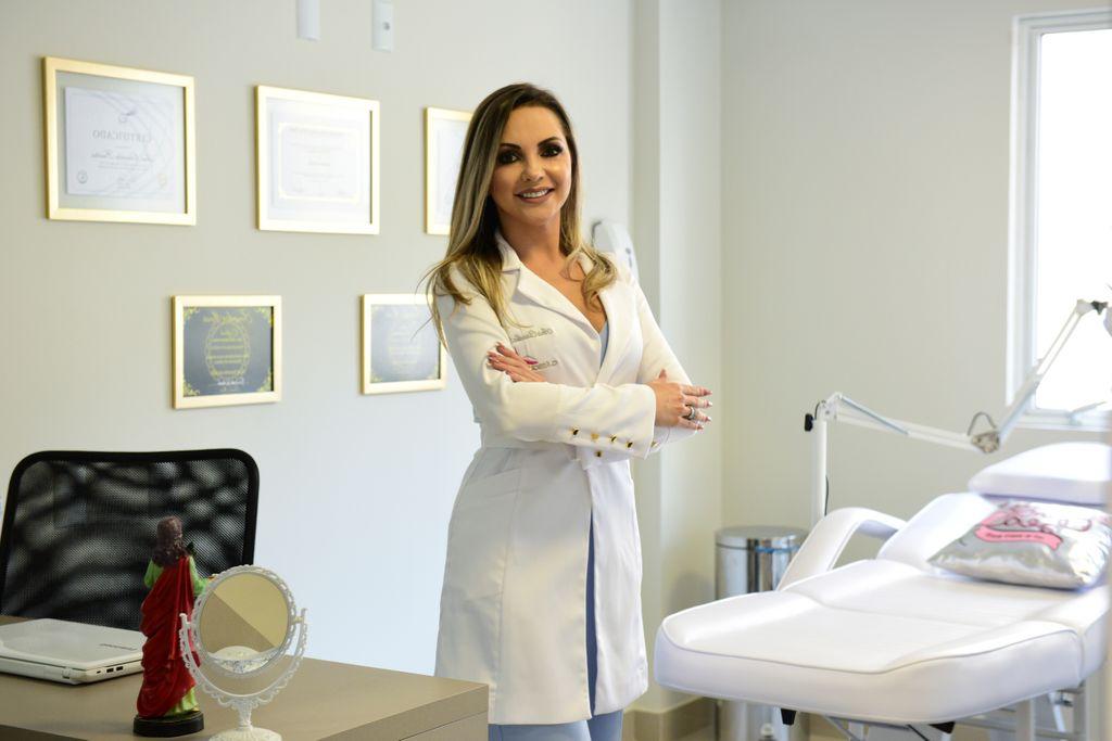 Profissional Joaçabense está entre as melhores do Brasil e representará Santa Catarina em campeonato internacional de cílios