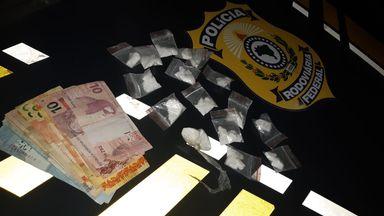 PRF apreende 59 gramas de cocaína com motorista em Joaçaba, na BR 282