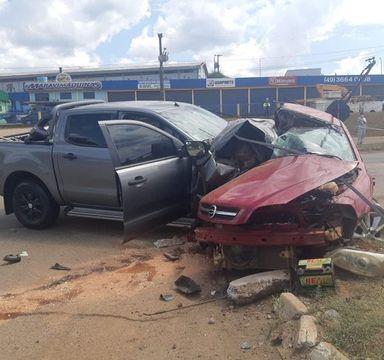 Jovens morrem em grave acidente na BR 282 no Oeste