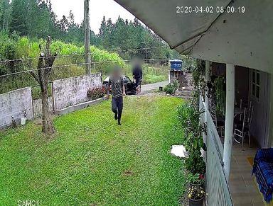 Casa é furtada em plena luz do dia em Luzerna