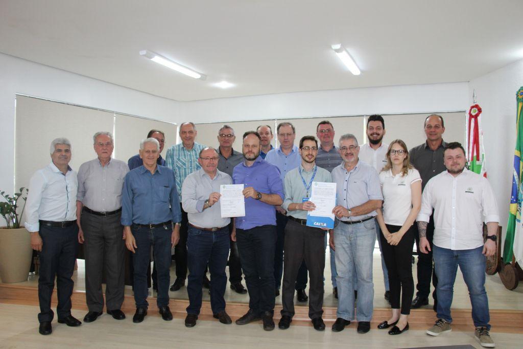 Assinada Ordem de Serviço para pavimentação do acesso que liga Vila Cordazzo ao Aeroporto e Bairro Armindo de Medeiros Haro