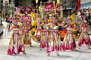 Balacobaco: Unidos do Herval abre os desfiles do carnaval 2020 contando a história do vinho