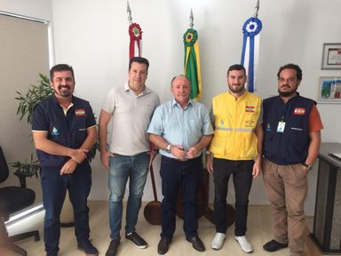 Prefeito de Joaçaba recebe visita da Agência Estadual que fiscaliza Transporte Coletivo nos Municípios