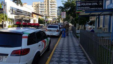 Grupos voltam a se enfrentar em briga de facões no centro de Joaçaba