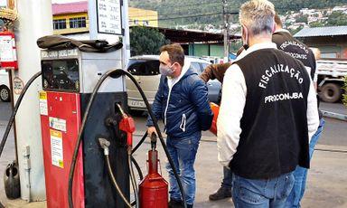 Live! Procon realiza fiscalização em postos de combustíveis de Joaçaba