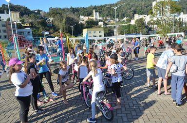Em 2018, o evento reuniu cerca de 200 pessoas no Parque Municipal