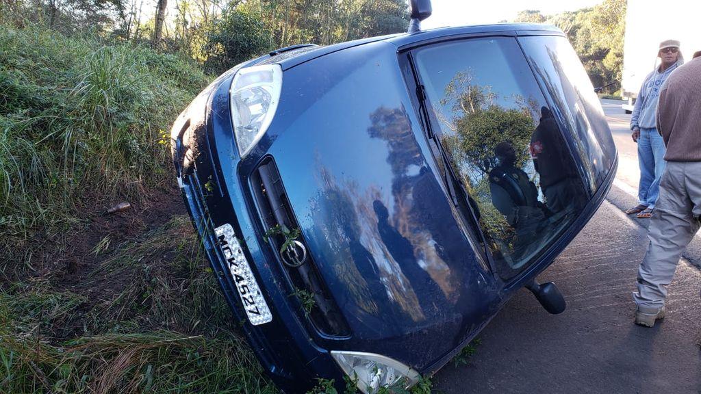 Acidente envolveu um veículo Corsa