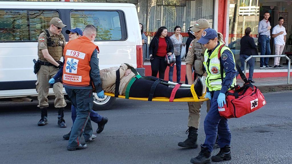 Mais um acidente envolvendo carro e motocicleta é registrado em Joaçaba nesta sexta, 07