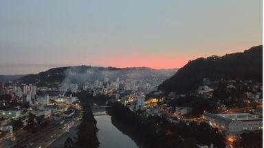 Fim de semana terá tempo firme com sol e calor em Santa Catarina