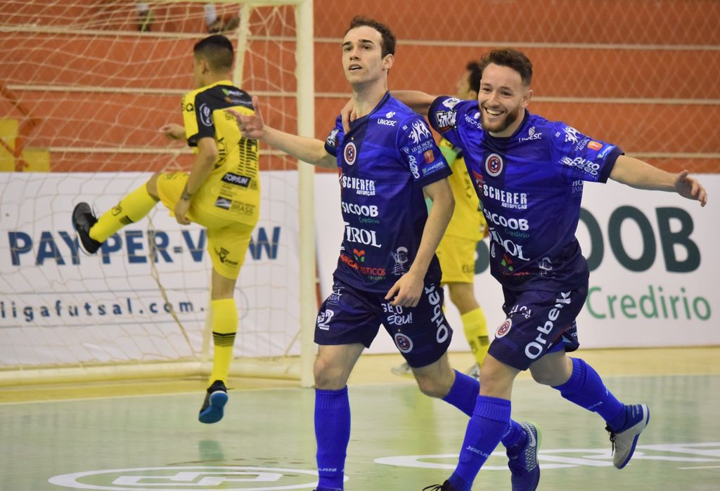 Joaçaba Futsal vence o Jaraguá no jogo de estreia na LNF 2021