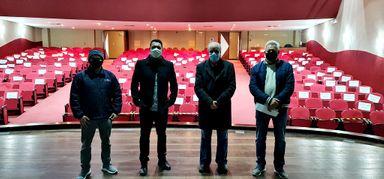 Jean Fernades, Éder Luiz, Sérdio de Carli e Sady Zago, durante visita técnica ao Teatro