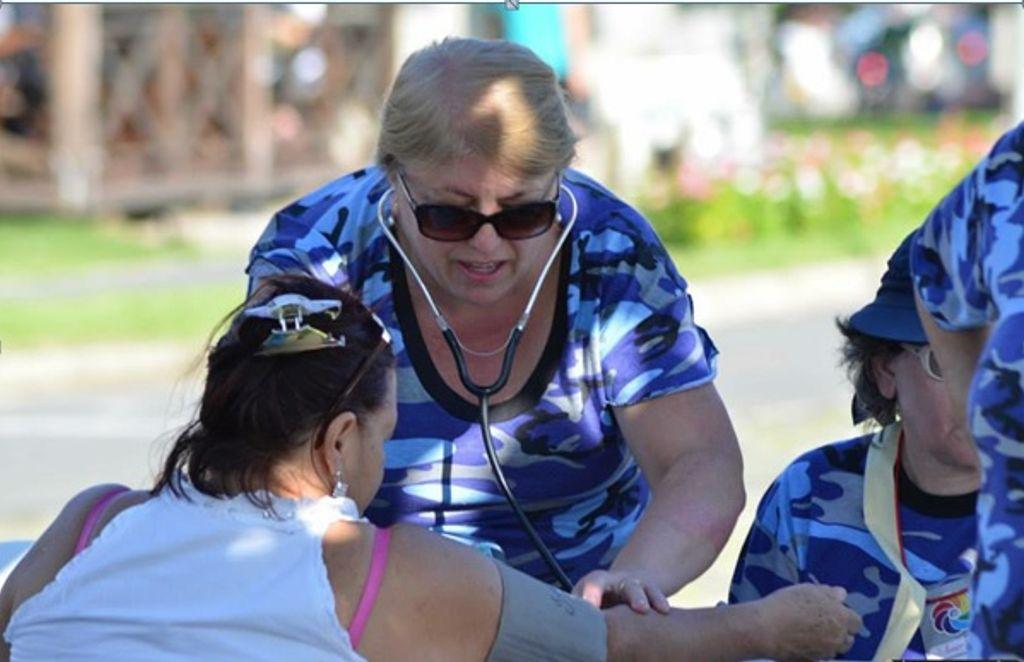 Norte-americanos chegam a Luzerna para parceria médico-social