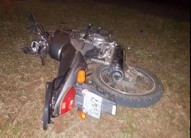 Motocicleta pilotada pelo homem