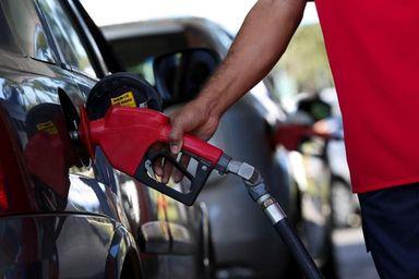 Petrobras anuncia reajustes de 6% para a gasolina e de 5% para o diesel