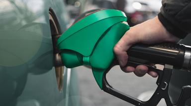 Gasolina comum a R$ 4,14 nos Postos Amigão nesta sexta e sábado