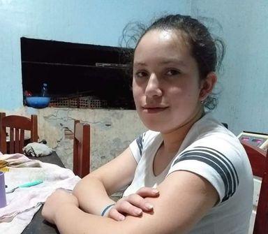 Família de Irani procura informações sobre paredeiro de jovem de 17 anos