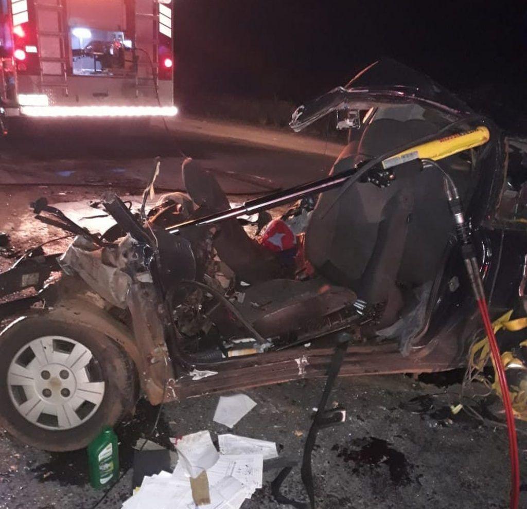 Acidente envolvendo caminhão de Tangará deixa dois mortos na BR-282