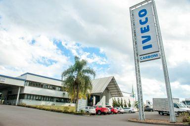 Equipe da Carboni é premiada em vendas de Consórcio Iveco