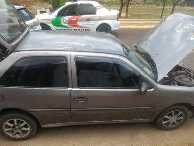 Veículo estava com o licenciamento vencido desde o ano passado (Foto: Polícia Militar)