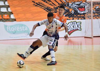 Joaçaba Futsal é superado pela ACBF e se despede da LNF 2020